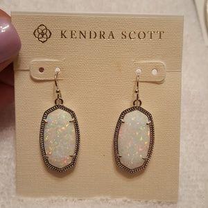 Kendra Scott Silver Dani in Kyocera Opal